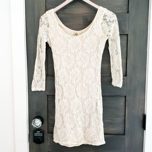 Hollister ivory lace bodycon dress